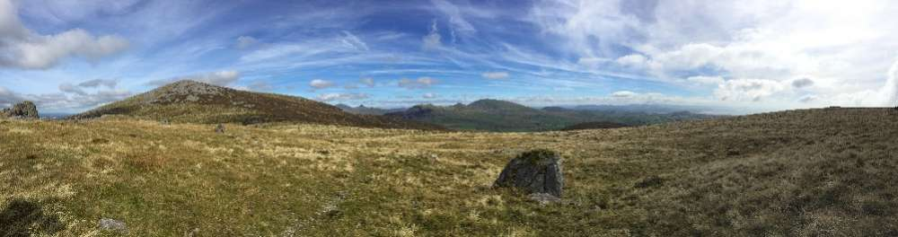 Looking NE over the Moelwyns from Myndd Craig Goch